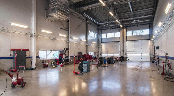 Nybygge industrihall däckfirma
