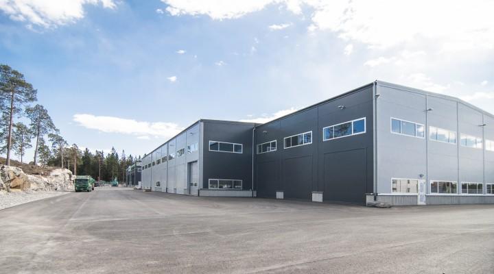 Nybygge lager och industrihall fasad